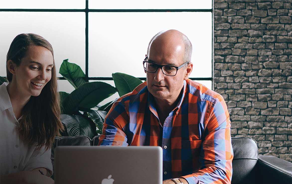 David Koch from KBB Digital reviewing Website